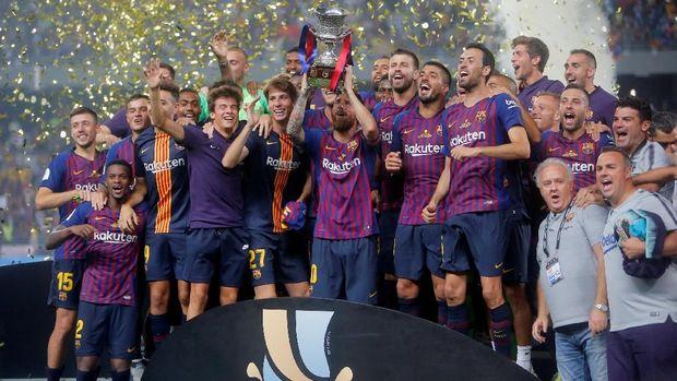 Ernesto Valverde sudah mempersembahkan tiga trofi untuk Barcelona.