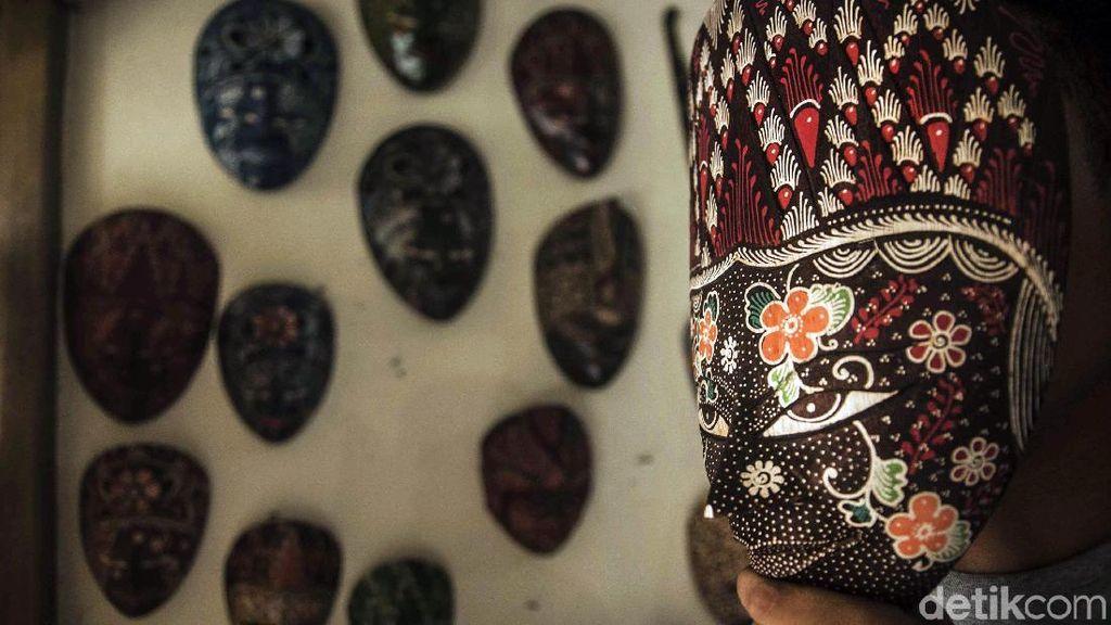 Berkenalan dengan Kerajinan Batik Kayu Krebet Khas Yogyakarta