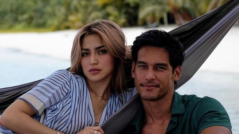 Richard Kyle Tak Terbebani Status Jessica Iskandar