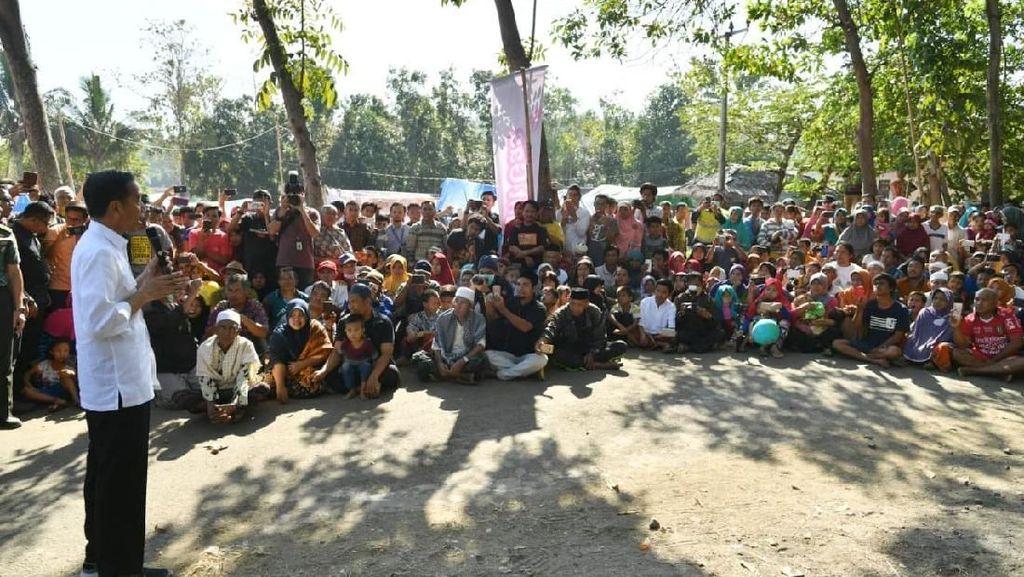 Jokowi Beri Beasiswa ke 5.144 Mahasiswa Korban Gempa Lombok