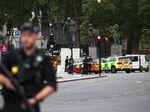 Mobil Tabrak Pembatas Gedung Parlemen Inggris, Begini Situasinya