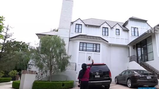 Sugih! Mewahnya Rumah Mertua Nia Ramadhani di Beverly Hills