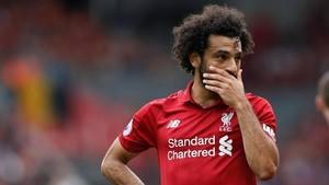 Duh, Mohamed Salah Nyetir Sambil Main Ponsel