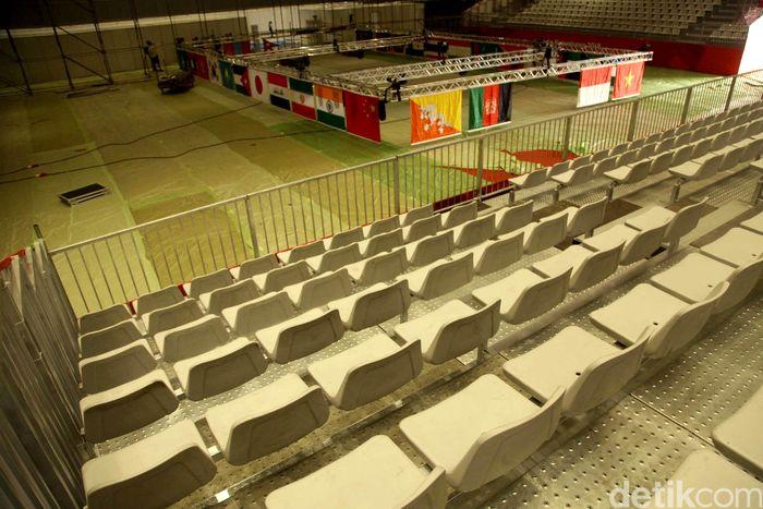 Empat hari jelang Asian Games 2018, sejumlah venue di JIEXPO Kemayoran, Jakarta belum beres. Salah satunya venue cabor wushu.