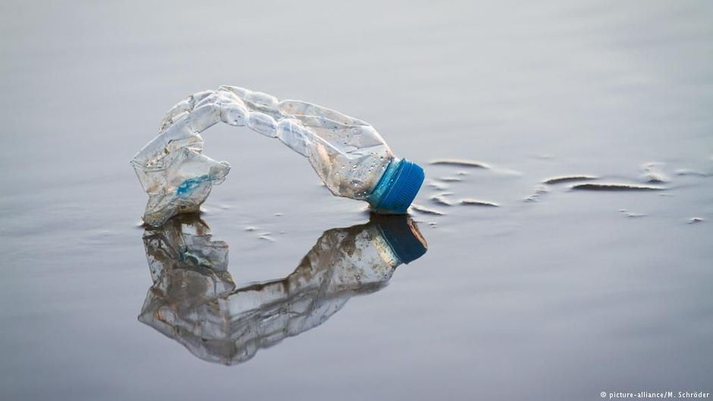 Prancis Akan Kenakan Pajak pada Kemasan Plastik Bukan Daur Ulang