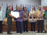 Jokowi-Maruf dan Prabowo-Sandiaga Lolos Tes Kesehatan