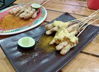 Kedai Uncle Do Sate Taichan: Huaah! Pedas Segar Sate Taichan Telor Asin