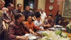 Sandiaga Hadiri Acara Ulang Tahun Akbar Tandjung Ke-73