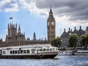 Romantis Banget! Makan Malam di Atas Kapal Sambil Menyusuri Sungai di London