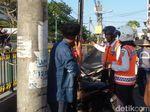 Kena Tilang karena Setop di Jalan Sarkem Yogya, Pengendara Protes