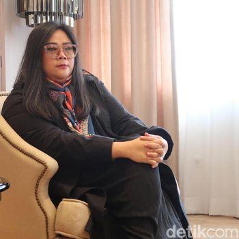 Desainer Mel Ahyar.