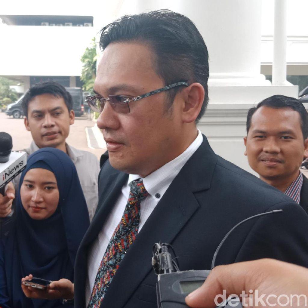 Farhat Abbas: Saya Bukan Jubir, tapi Jurkam Jokowi di Medsos