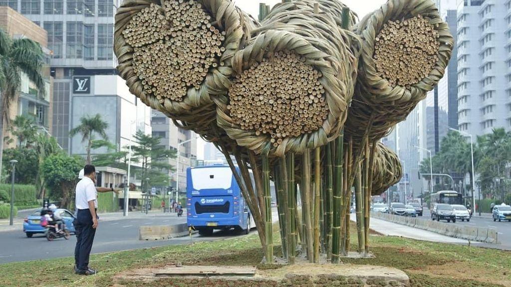 Dipuja Dunia, Seni Bambu Proyek Anies Dikritik Publik