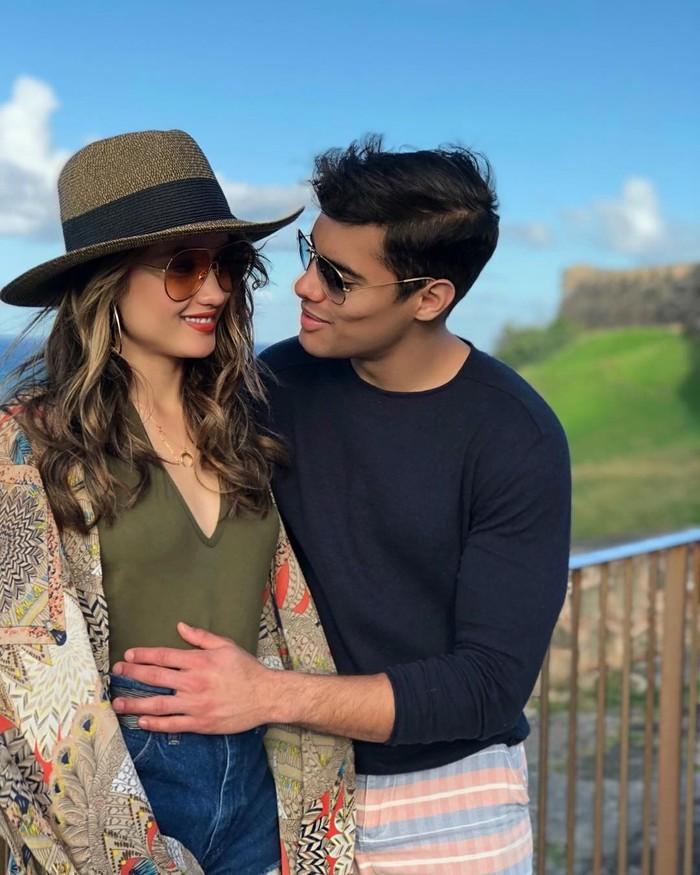 Ya, Cinta Laura diketahui telah menjalin kasih dengan pria asal Amerika Latin. Foto: Instagram/soyfrankgarcia