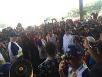 Berangkat dari Kramat Jati, Torch Relay Asian Games Tiba di TMII