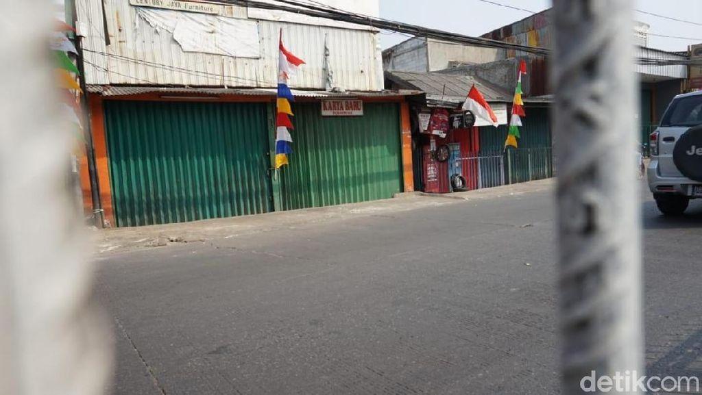 Ada Pawai Obor Asian Games, Toko di Kramat Jati Tutup Sementara