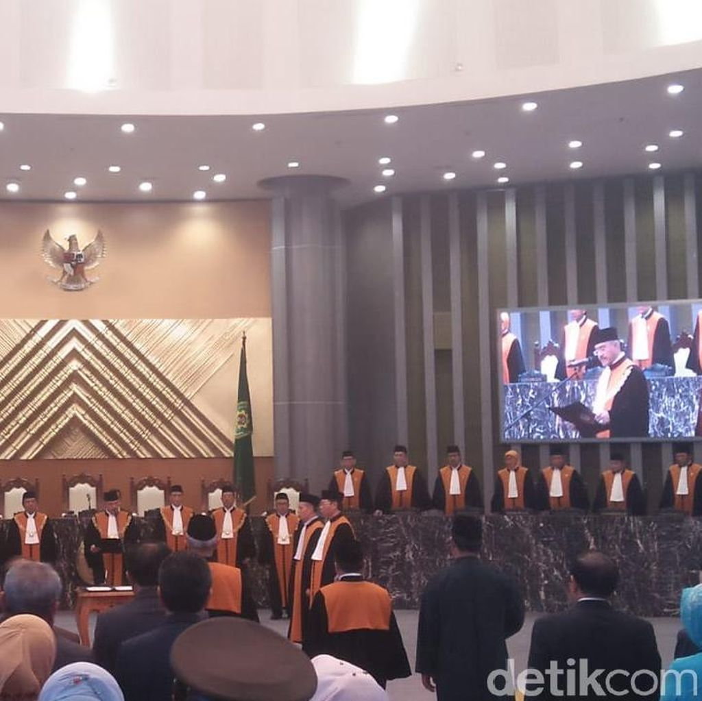 Ketua MA Lantik Kakak Ganjar Pranowo Jadi Hakim Agung
