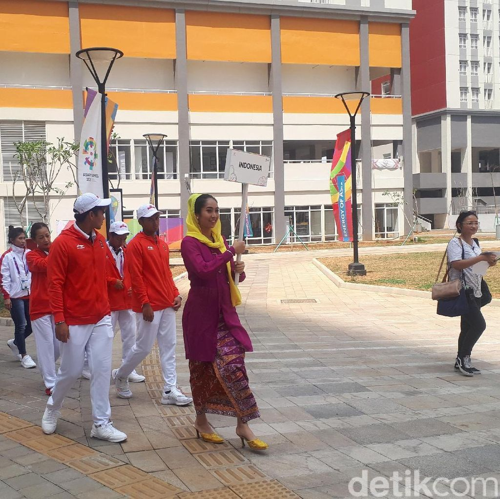 Rombongan Kecil Tandai Indonesia Resmi Huni Wisma Atlet