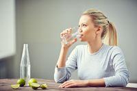 8 Trik Ngemil Sehat yang Cegah Berat Badan Naik
