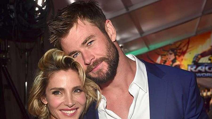 Tanpa Palu dan Jubah, Chris Hemsworth Adalah Sosok Ayah Sederhana