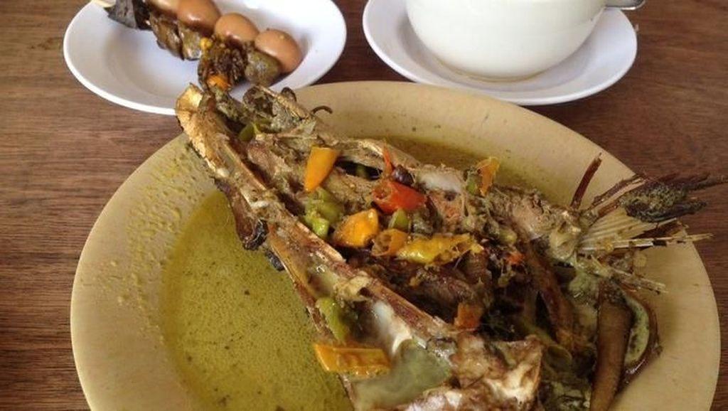Pedas Gurih Enak Mangut Ikan Manyung Ada di 5 Tempat Ini