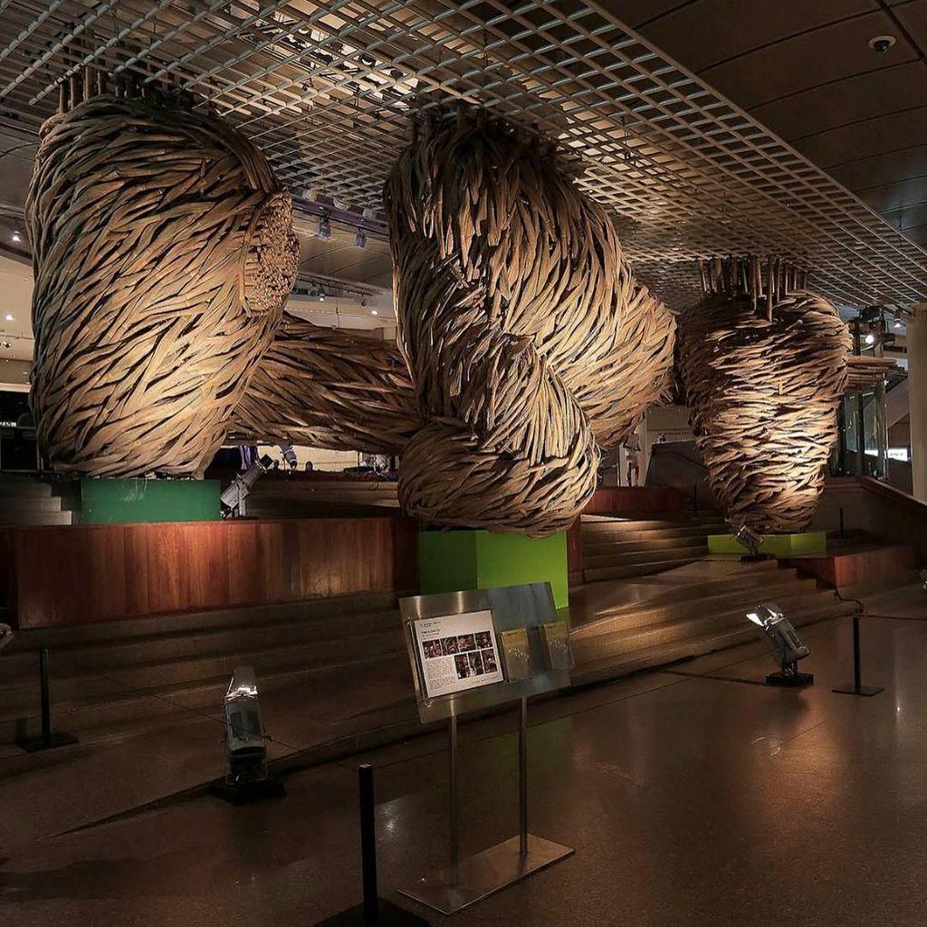 Foto: Melihat Karya Joko Avianto di Frankfurt Hingga Bundaran HI