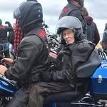Mimpi Nenek Berusia 104 Tahun Naik Harley Akhirnya Terwujud