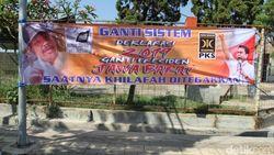 Spanduk #2019GantiPresiden Bareng HTI, PKS Tuding Lawan Politik