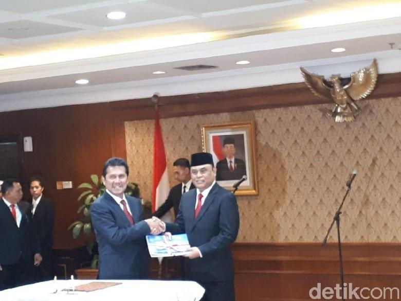 Asman Abnur Resmi Serahkan Jabatan MenPAN-RB ke Syafruddin