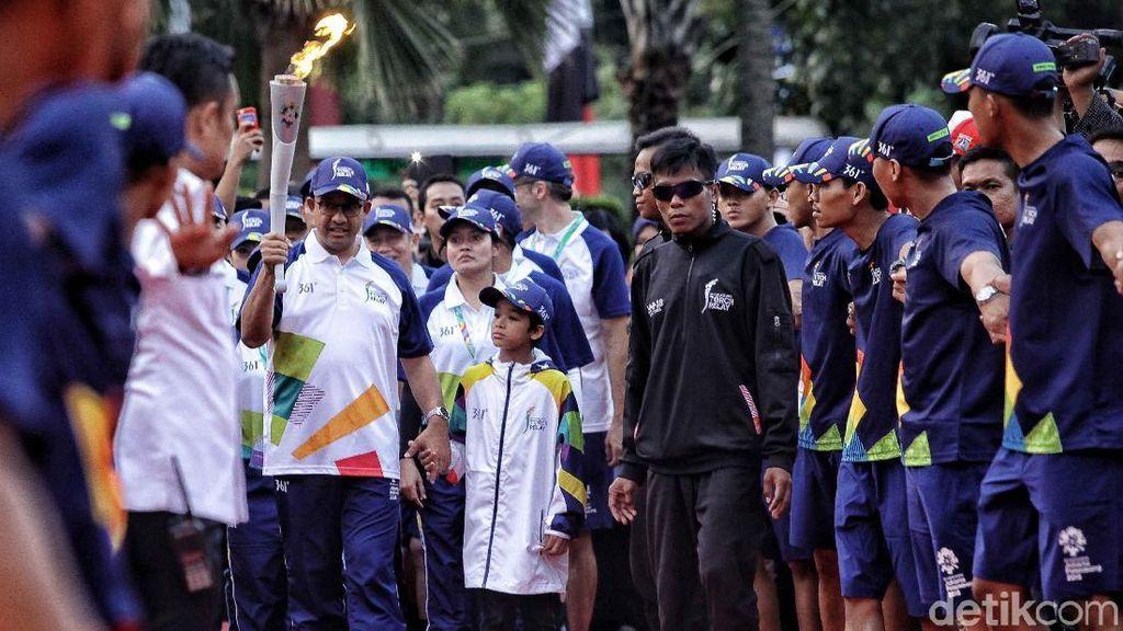 Video: Cerita Pembawa Obor Asian Games yang Terjebak Macet