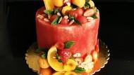 Manis Segar! Kue Ulang Tahun Ini Terbuat dari Buah Semangka