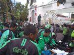 Demo Kantor Gubernur Sumut, Massa Tuntut Perda Ojek Online