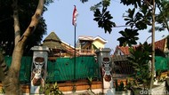Bendera Akhirnya Terpasang di Luar Pagar Asrama Mahasiswa Papua