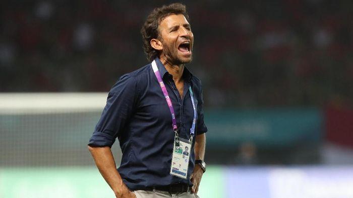 Luis Milla diharapkan dipertahankan sebagai pelatih Timnas Indonesia (INASGOC/Charlie)