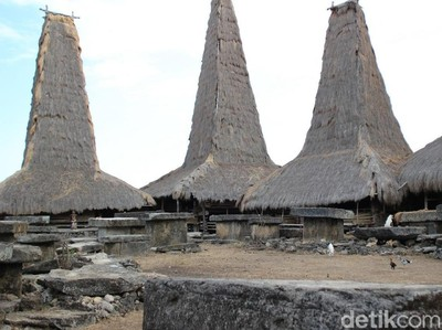 Kampung Adat Terindah di Sumba