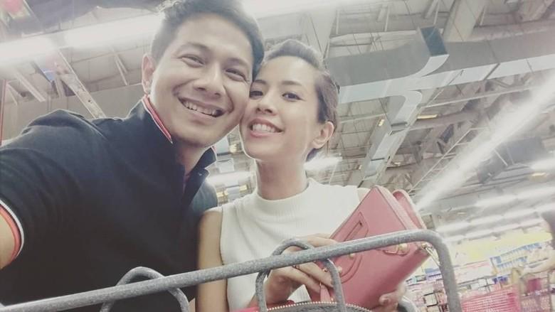 Yeslin Wang Anggap Delon Tak Bisa Jadi Suami Idaman