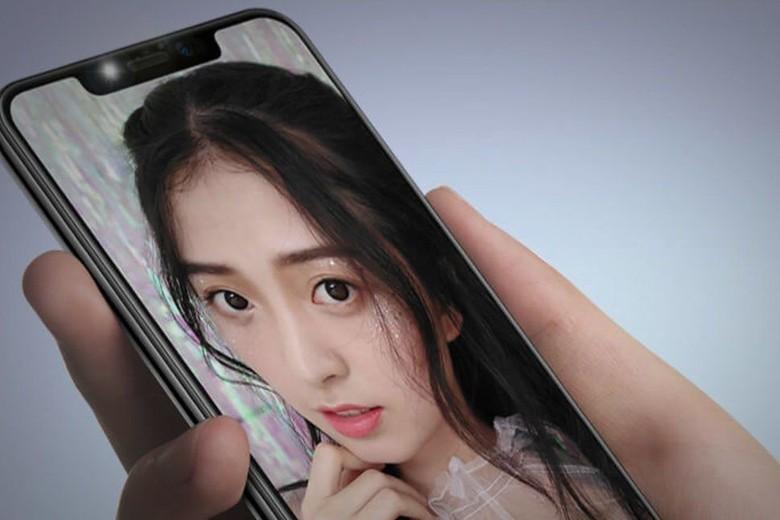 Motorola merilis ponsel baru bernama P30 di China. Perangkat tersebut dibuat mirip iPhone X. Foto: Motorola