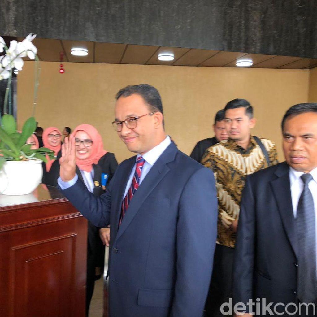 Hati Anies Bergetar Nonton Opening Asian Games