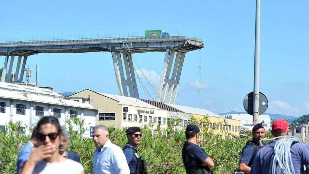 Jembatan Layang Ambruk, PM Italia Umumkan Keadaan Darurat 12 Bulan