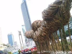 Seni Bambu Proyek Anies