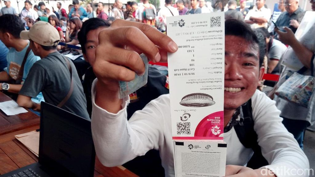 Antrean Penukaran Tiket Opening Asian Games 2018 Sempat Kacau