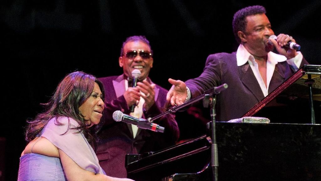 Mengenang Lagu-lagu Terbaik Aretha Franklin