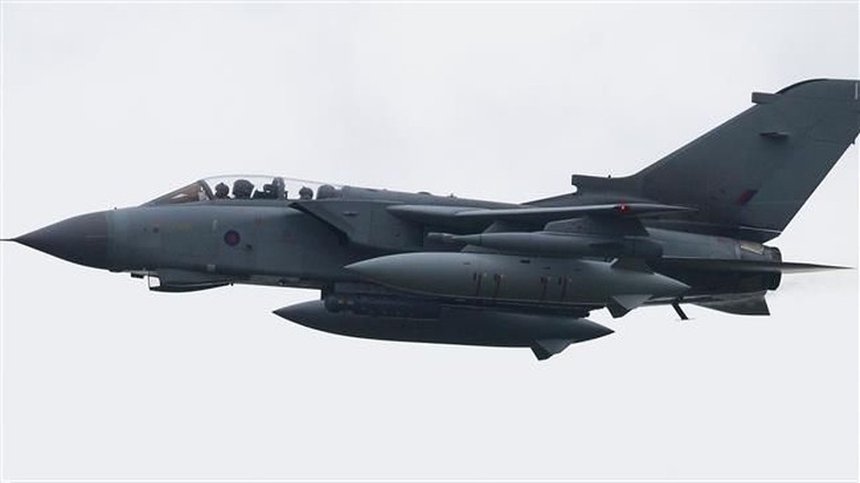 Jet Tempur Inggris Cegat Pesawat Pengebom Rusia di Laut Hitam