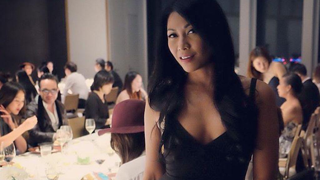 Dengarkan Lagi Lagu-lagu Cinta Anggun Jelang Pernikahannya