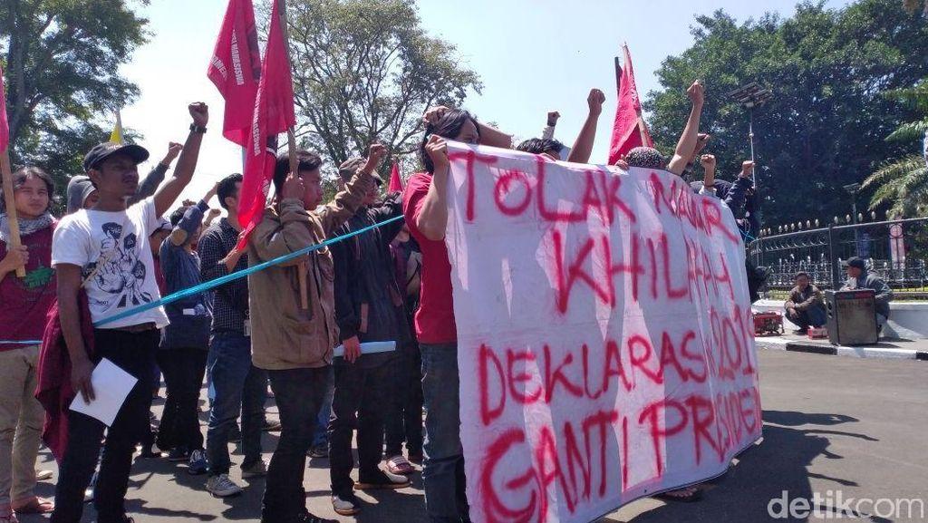 Mahasiswa Bandung Tolak Deklarasi #2019GantiPresiden