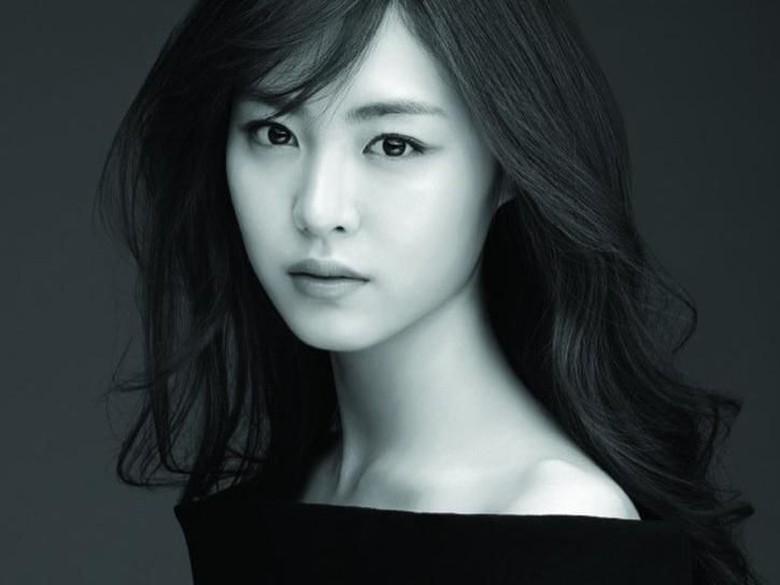 Aktris Lee Yeon Hee Ungkap Alasan Batal Debut dengan SNSD