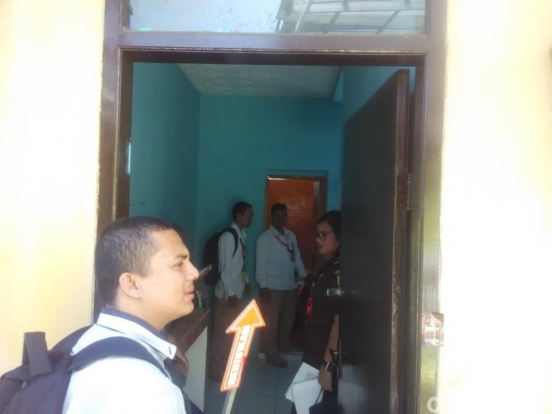 Polisi Rekonstruksi Kasus Balita Tewas Digigit Ayah Tiri