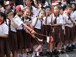 Aksi Pelajar Tanah Sereal Sambut Obor Asian Games 2018