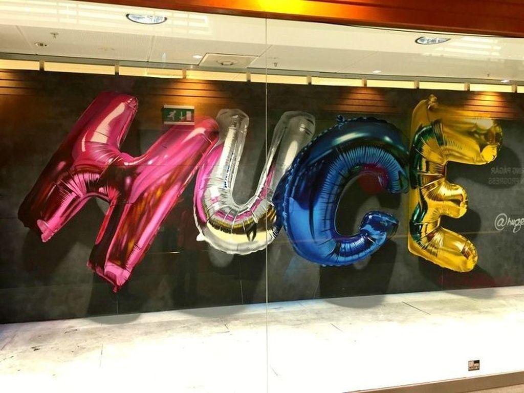 Menyangka ini balon? Nyatanya ini sebuah lukisan lho. (Foto: Brightside)