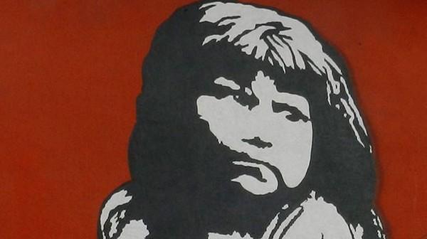 Traveler bisa bebas berfoto dengan latar mural cantik ala street art di sini! (museoacieloabiertoensanmiguel.cl)